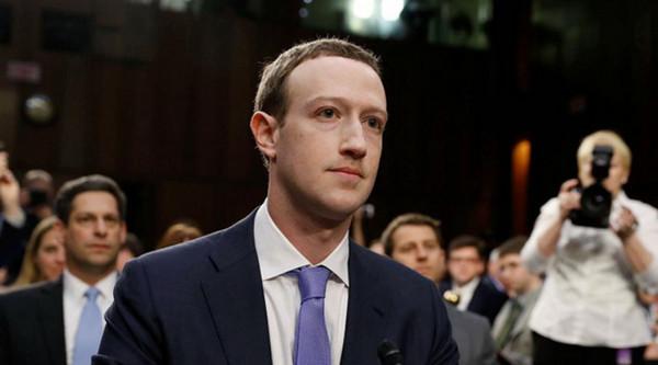CEO Facebook khẳng định không bán dữ liệu người dùng