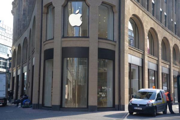 Đức cấm bán 2 mẫu iPhone