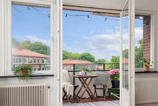 Hướng nhà chung cư nên chọn cửa hay ban công là đúng?